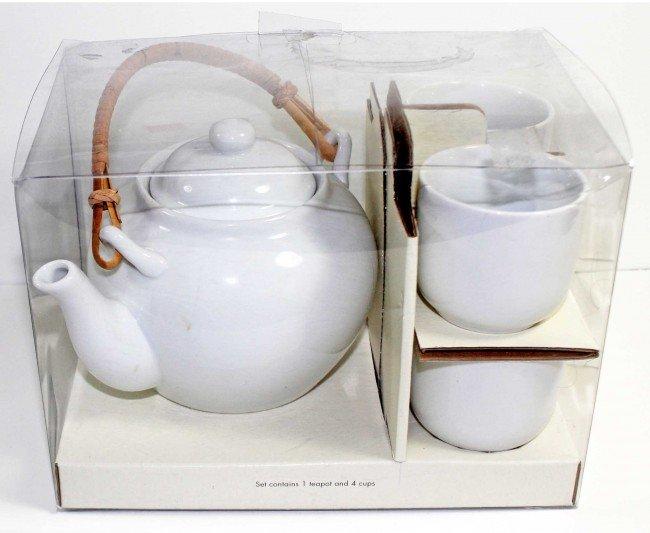 8: White Porcelain Japanese Style Tea Set