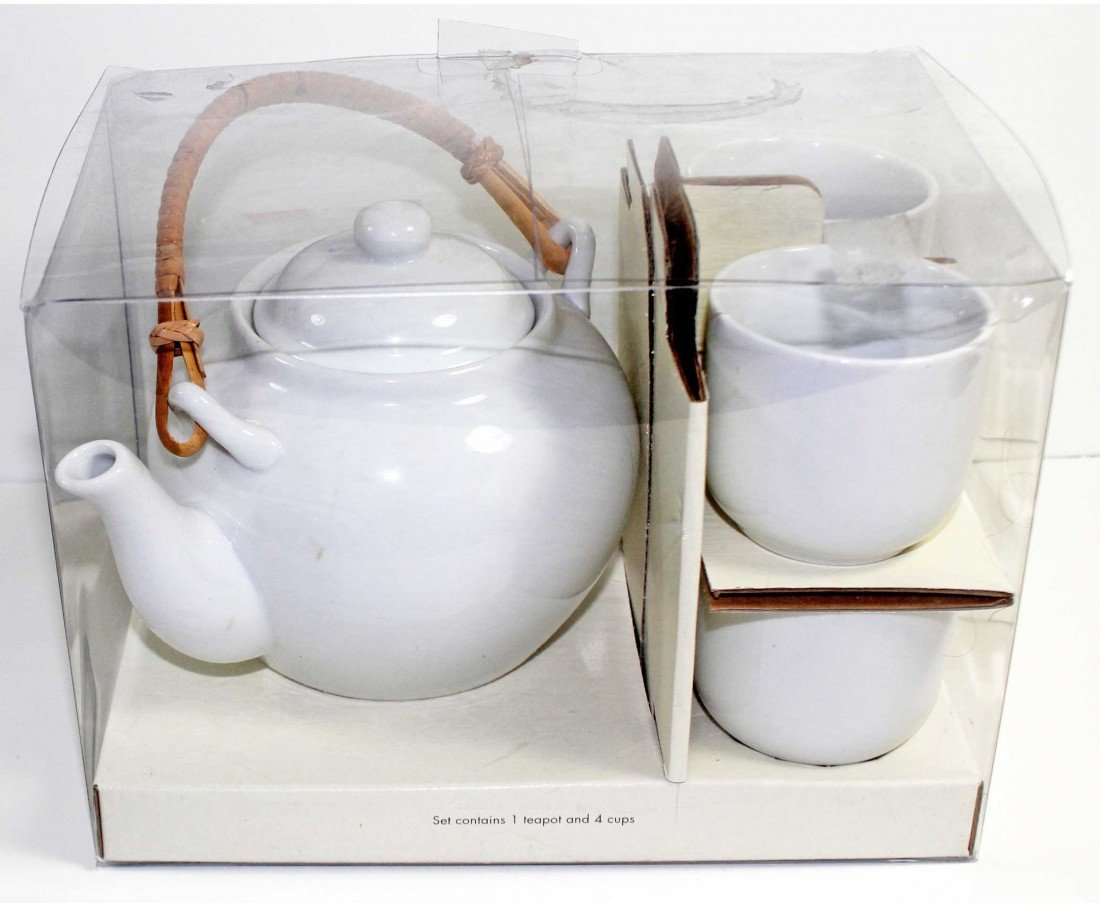 5: White Porcelain Japanese Style Tea Set