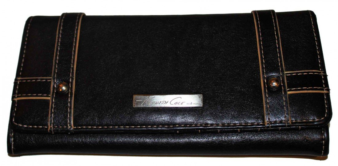 6: Vintage Womens Kenneth Cole Wallet