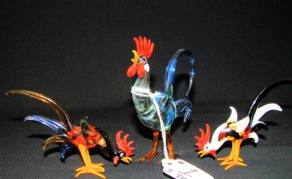 1: 3pcs Murano Art Glass Roosters.