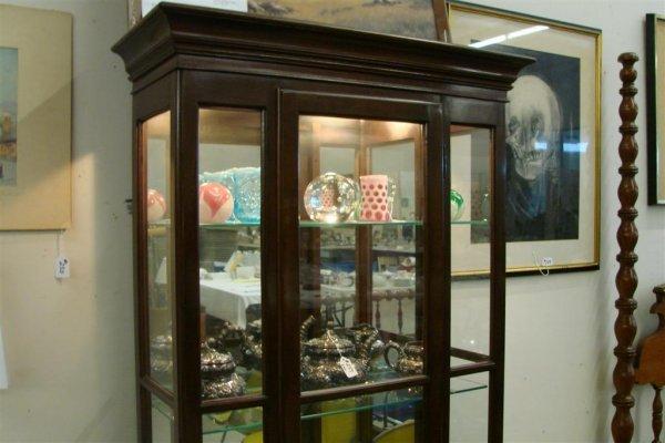 268: Ethan Allen Contemporary Lighted Curio Cabinet - 2