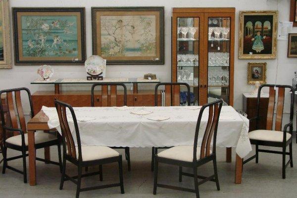 513: 11 Piece Birds Eye Maple Bernhardt Dining Room Set - 2