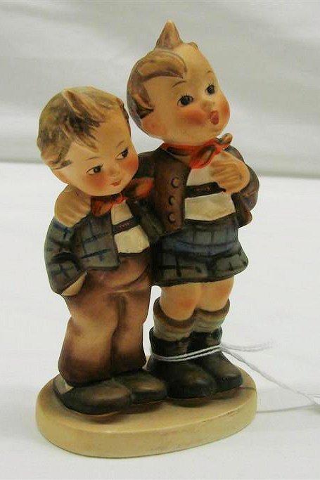 "15: Hummel Figurine: ""Max & Moritz "" # 123, TMK 4. Book"