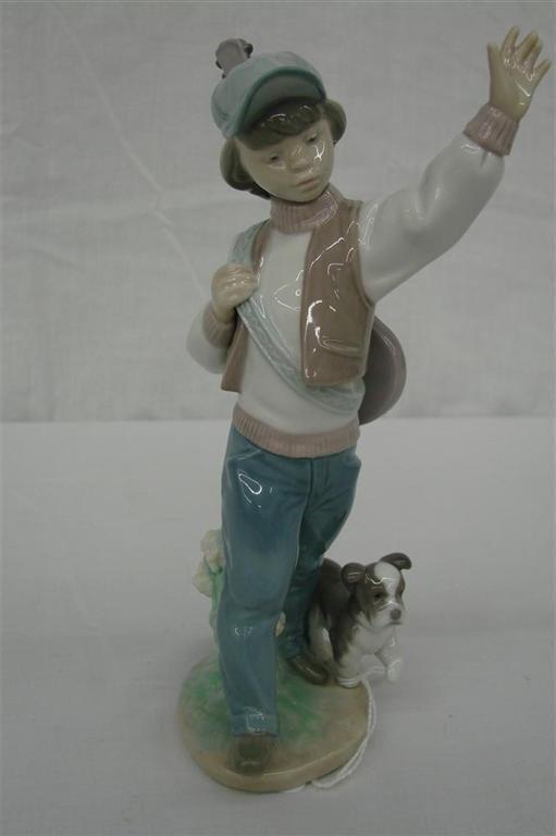 12: Lladro Figurine: Wednesday's Child #6015