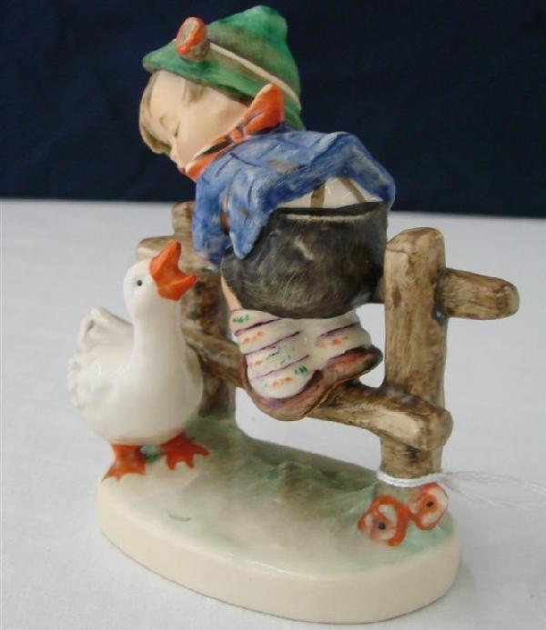 7D: Hummel Figurine: Barnyard Hero  #195 2/0  TM6.