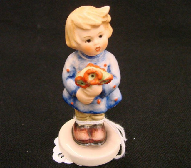 4: Hummel Figurine: Girl with Nosegay, #239/A; TM 6. Bo