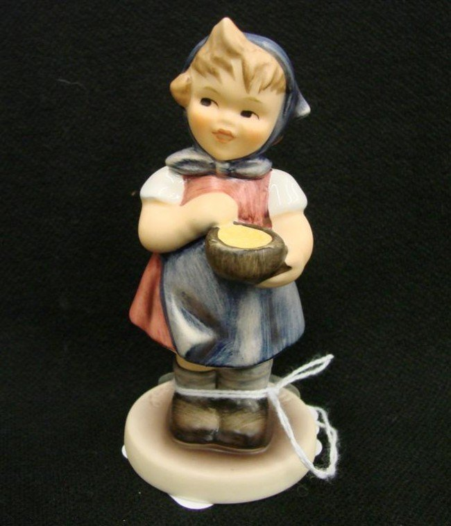 12: Hummel Figurine: From Me To You, # 629; TM 7. Colle