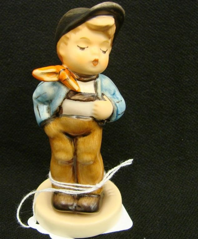 13: Hummel Figurine: Lucky Fellow, # 560; TM 7. Collect