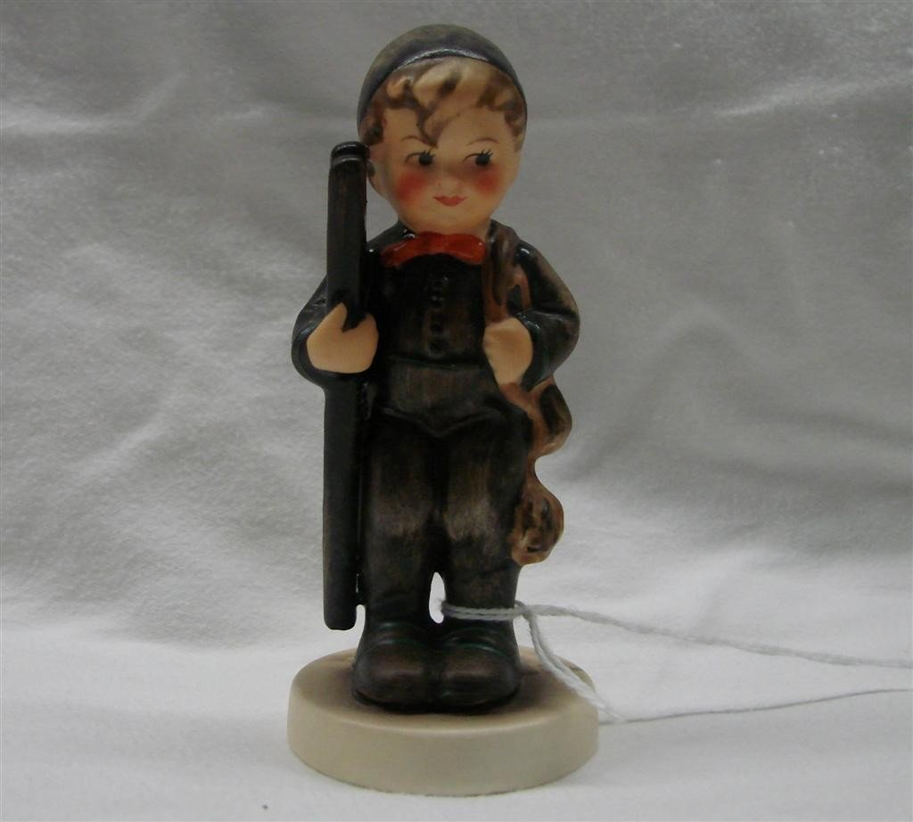 2: Hummel Figurine: Chimney Sweep, #12/2/0; TM 3.