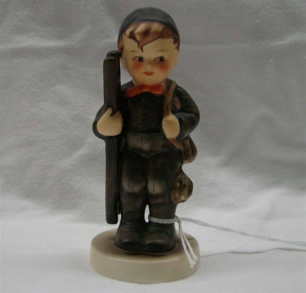 7: Hummel Figurine: Chimney Sweep, #12/2/0; TM 5.