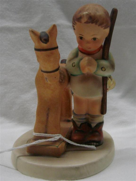 12: Hummel Figurine: Prayer Before Battle, #20; TM 5.