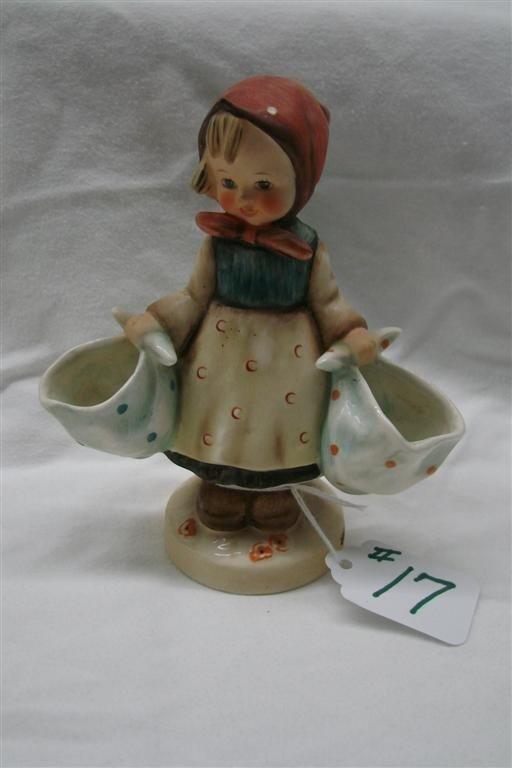 17: Hummel Figurine: Mothers Darling, #175; TM 3