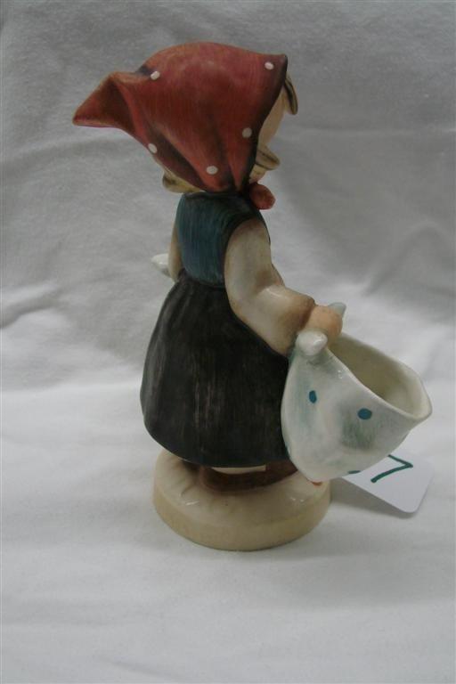 17: Hummel Figurine: Mothers Darling, #175; TM 3  - 2