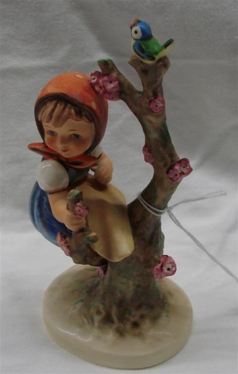 20: Hummel Figurine: Apple Tree Girl, #141/1; TM 6.