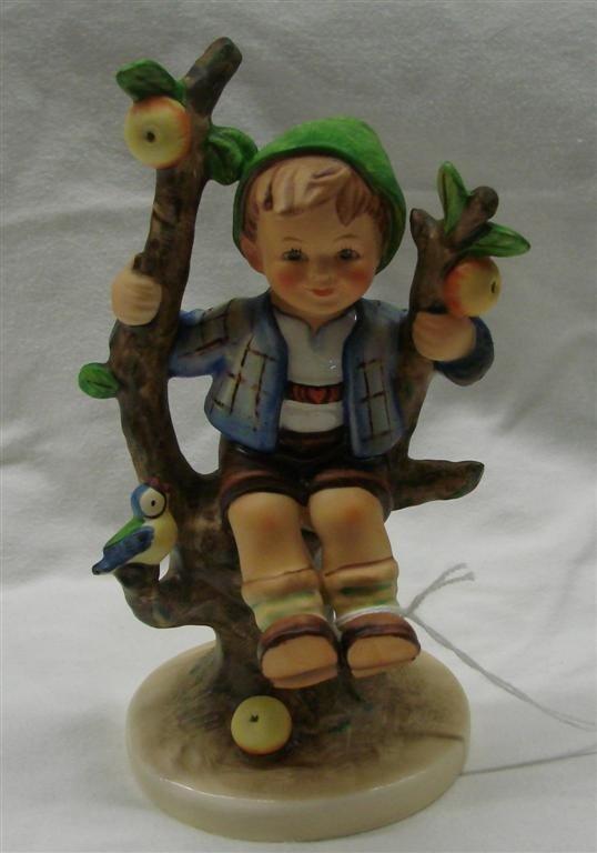 21: Hummel Figurine: Apple Tree Boy, #142/2; TM 6
