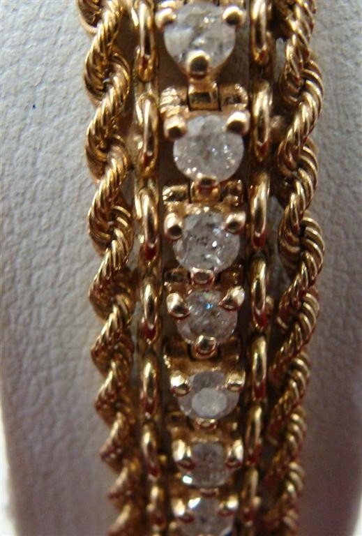 "750: 14K yellow Gold Diamond 8"" Tennis Bracelet 2.75ctw - 2"