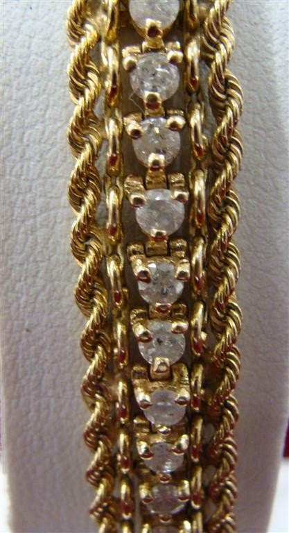 "750: 14K yellow Gold Diamond 8"" Tennis Bracelet 2.75ctw - 4"