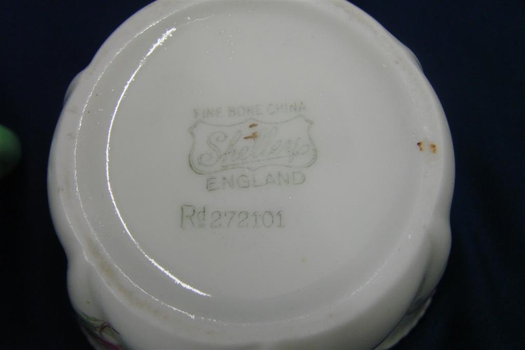 86: Shelley Bone China Creamer & Sugar, Rd #272101 - 6