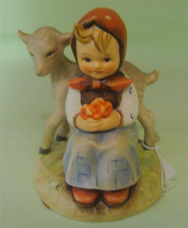 Hummel Figurine: Good Friends. # 182; TM 5. B