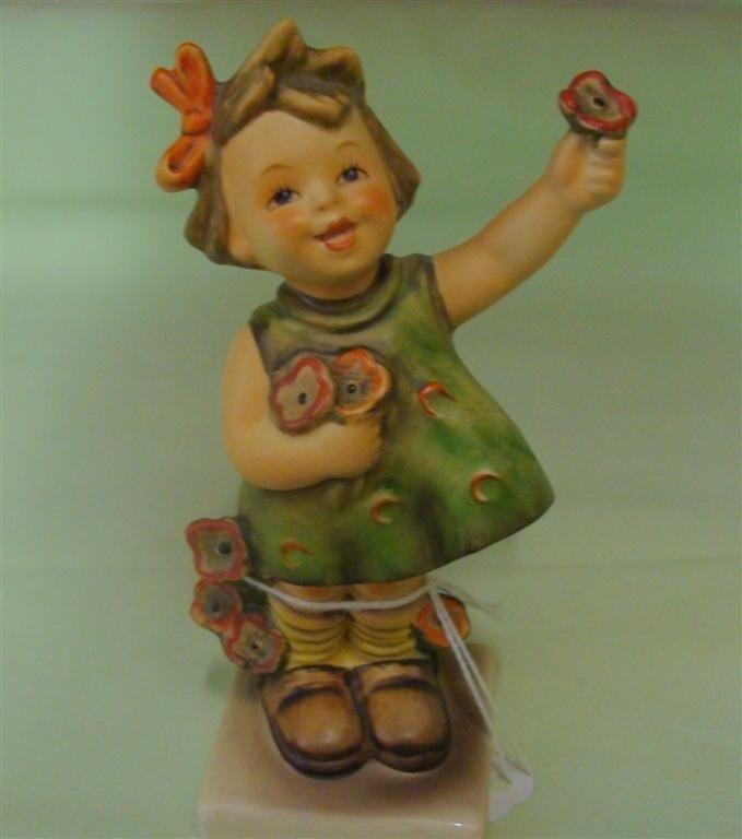 Hummel Figurine: Spring Cheer. # 72; TM 5. Bo