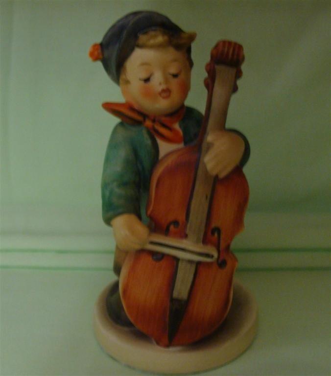 Hummel Figurine: Sweet Music # 186; TM 5. Boo