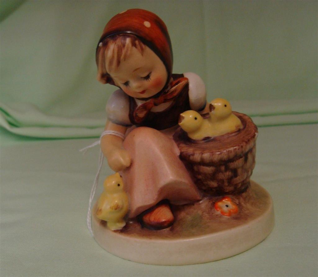 Hummel Figurine: Chick Girl. # 57/0; TM 2. Bo