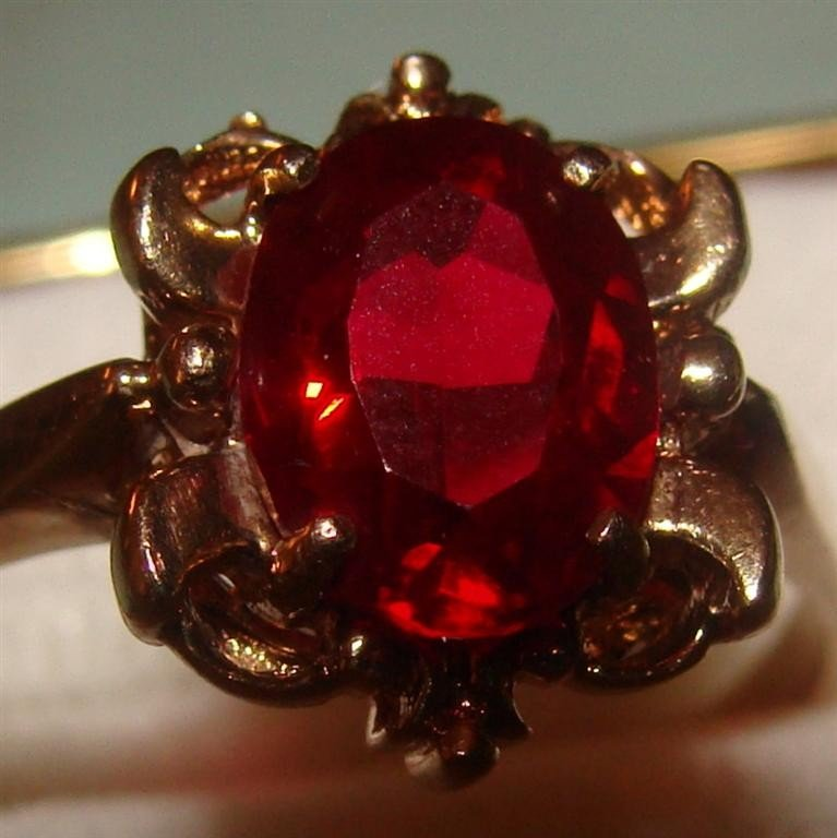 10K Yellow Gold Faceted Garnet Ring; Size 6.5
