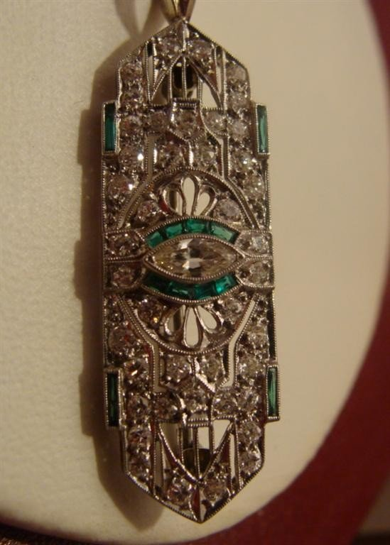 Art Deco 18K Genuine Diamond & Emerald Pendan