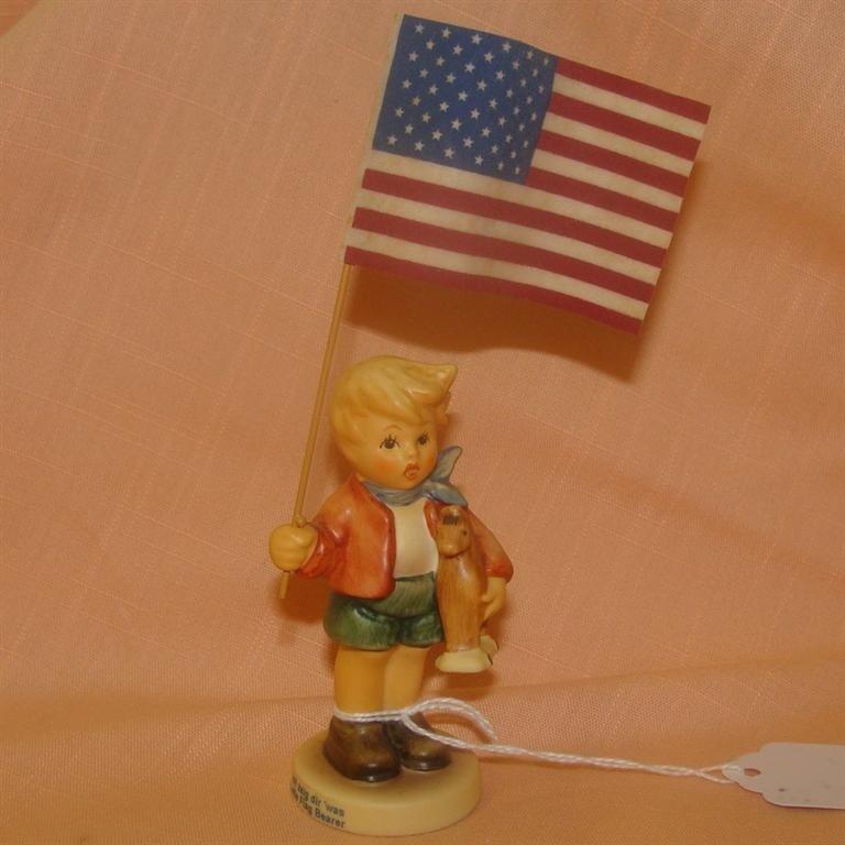 Hummel Figurine: Little Flag Bearer/ #239/E;