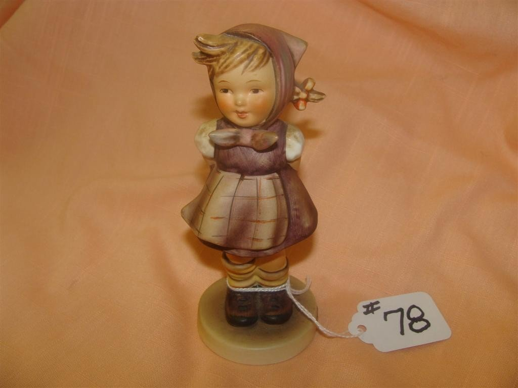 Hummel Figurine: Which Hand; #258; TM4. Book