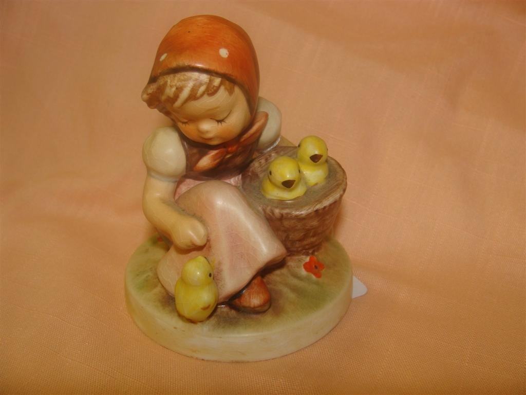 Hummel Figurine: Chick Girl; #57/0; TM 3. Boo