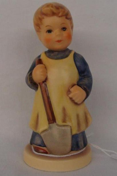Hummel Figurine: Garden Treasures; Collectors Club Edit