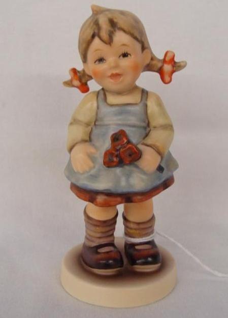 Hummel Figurine: Flower Girl; Collectors Club Edition;