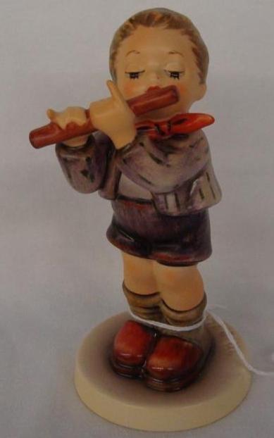 Hummel Figurine: Morning Concert; Collectors Club Editi