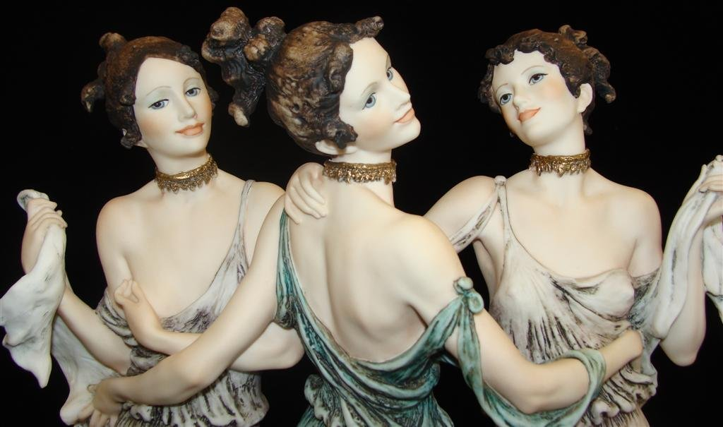 Giuseppe Armani Figurine: The Three Graces #1256E. Ltd - 10