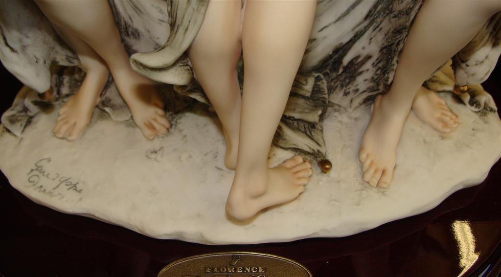 Giuseppe Armani Figurine: The Three Graces #1256E. Ltd - 9