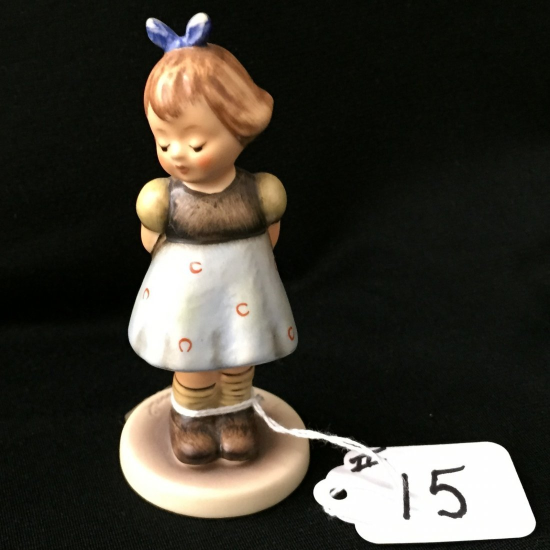 Hummel Figurine: Two Hands One Treat; Collectors Club