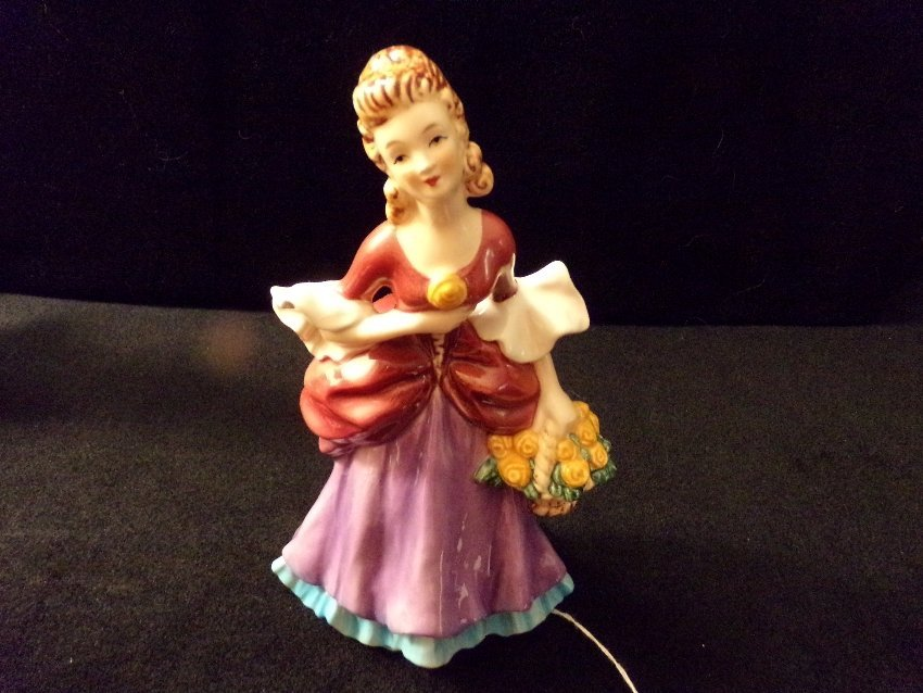 Goebel Lady Figurine #FF276.