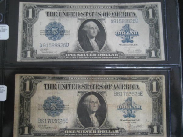 1002:  Two U.S. 1923 one dollar Silver Certificates.