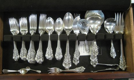 """2093: Wallace """"Grand Baroque"""" Sterling Silver 98 Pc Set"""
