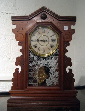 Gilbert kitchen clock with glass door, pendulum, key