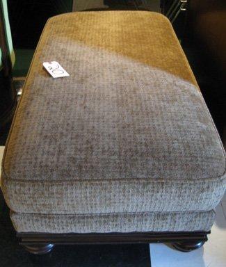 Bernhardt Ottoman w/ Upholstered Cushion