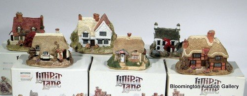 6 Lilliput Lane Houses -  Holly Cottage, Claire Cottage