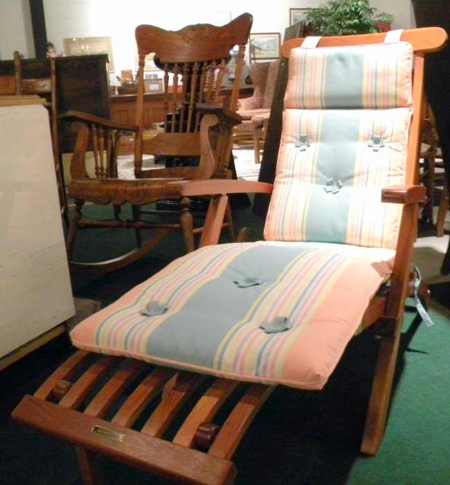 Queen Elizabeth Cruise Ship Deck Chair - 3
