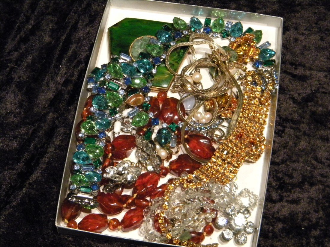 Lot of Costume Jewelry & Compact