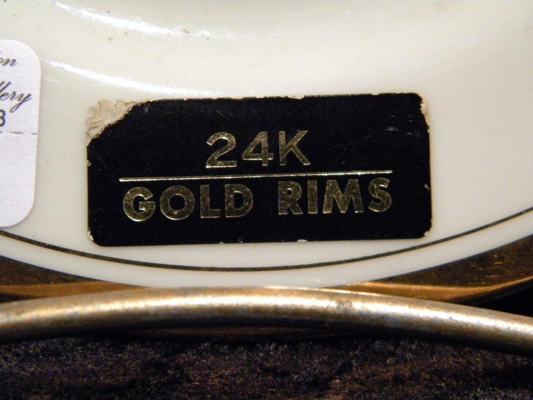 Two Porcelain Chokin Plates dec/w 24Kt Gold - 3