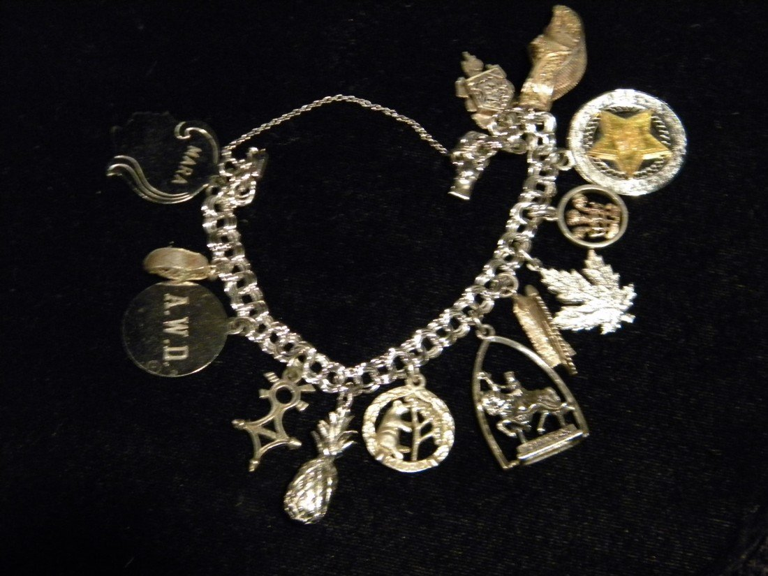 Sterling Silver Charm Bracelet w/12 Charms