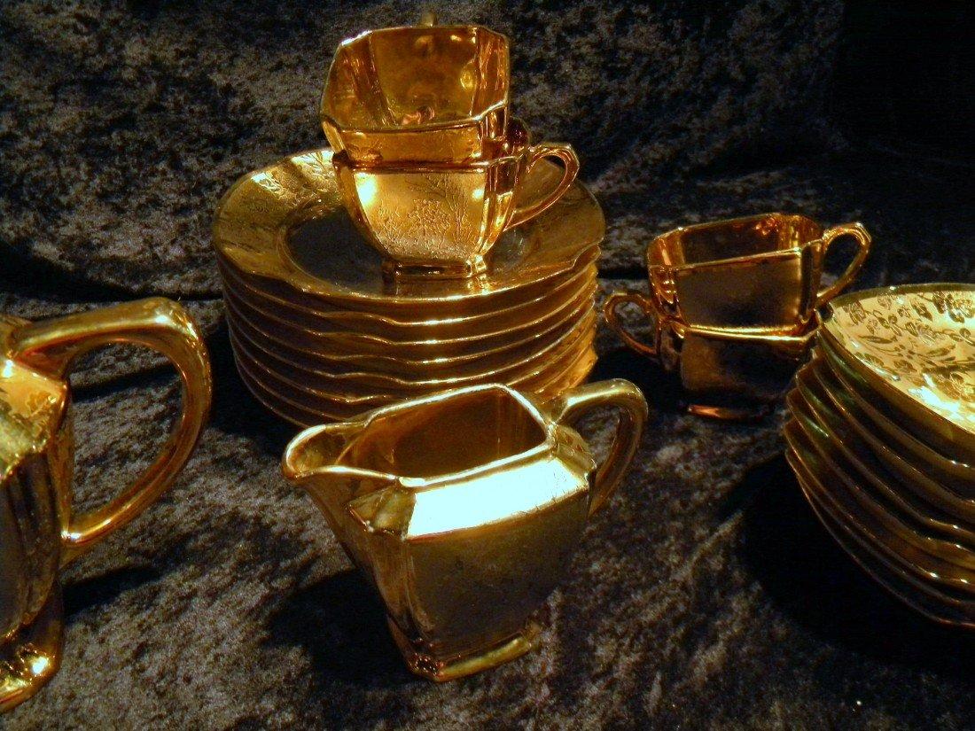 27 pc Arzberg Bavaria All-Over Gold Porcelain Teaset - 4