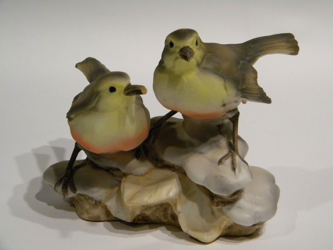 4 Royal Crown Porcelain Bird Figurines - 2