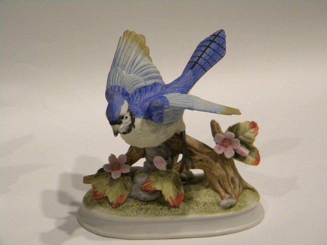 4 Royal Crown Porcelain Bird Figurines - 4